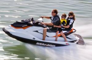 Arriendo de motos de agua y lanchas en lago villarrica y araucania