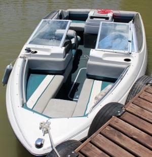 Arriendo lancha bayliner capri 3.0 capacidad 6 personas